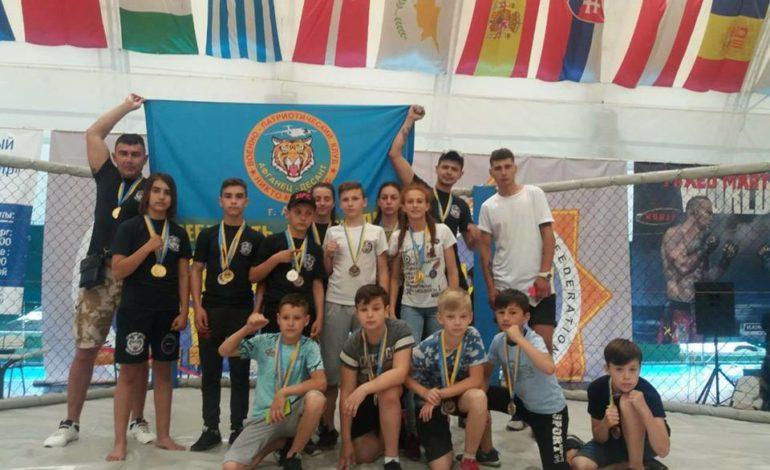 Юные спортсмены из Арциза достойно представили район на Кубке мира по Казацкому двоеборью и смешанным боевым искусствам