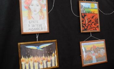 """""""Украина глазами детей из АТО"""": юные художники из Луганской области показали свои работы в Одессе (фото)"""