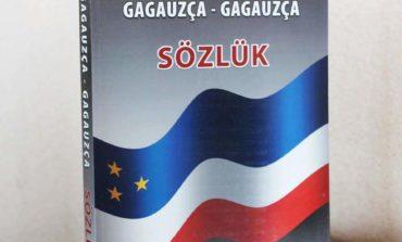 «Гагаузско-гагаузский» толковый словарь представлен в Комрате