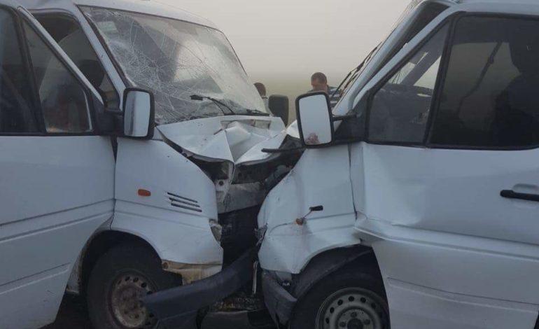 В Килийском районе рейсовый автобус столкнулся с микроавтобусом. Есть пострадавшие (ФОТО)
