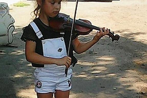 Меценат из Аккермана разыскивает юную скрипачку