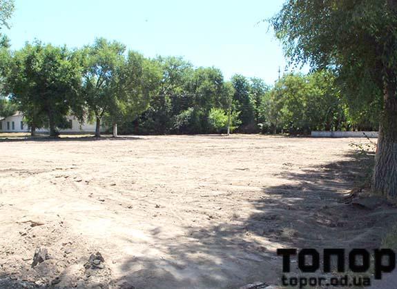 В Болграде начали строить еще одну спортплощадку