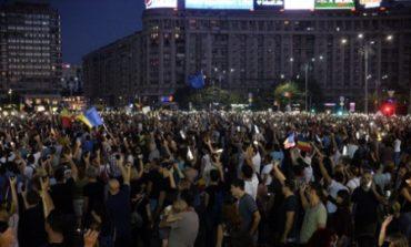 Новая волна антиправительственных протестов вспыхнула в Румынии
