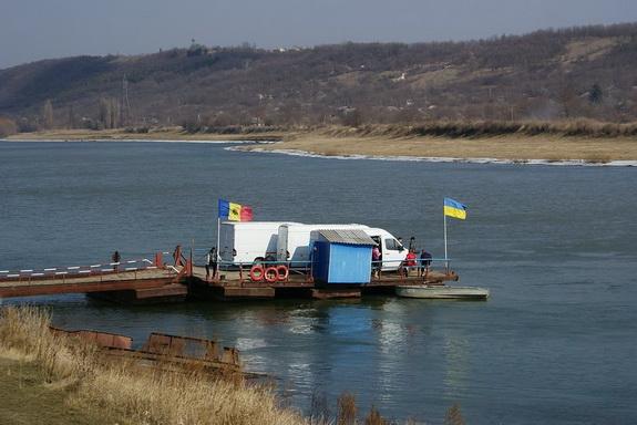 Украина предложит Молдове построить мост через реку Днестр