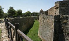 В ров аккерманской крепости упал мужчина