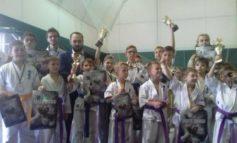 В Белгороде-Днестровском состязались юные каратисты