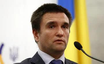 Удручающая статистика: Климкин назвал число украинцев ежегодно покидающих страну