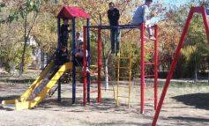 В Виноградном делают площадки для детей