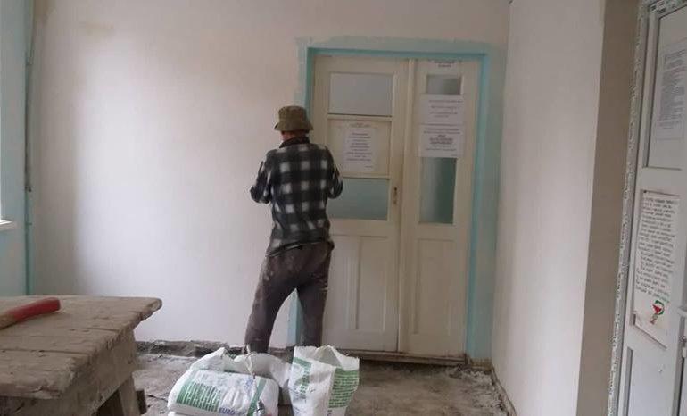 В Белгороде-Днестровском продолжается ремонт в городской больнице