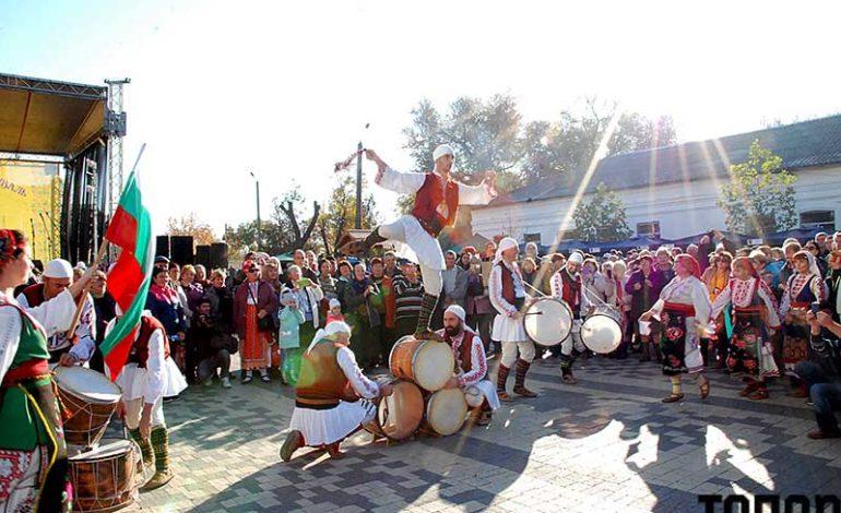 «Bolgrad wine fest»: реки вина, кухня народов Бессарабии и море гостей