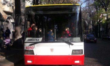 Первый электробус проехался по Одессе