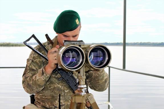 Белгород-Днестровские пограничники начали нести службу на плавучем посту