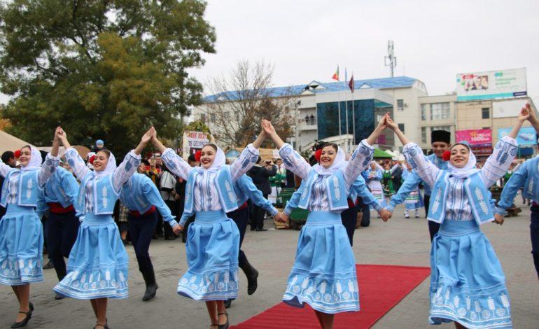 Украинцы представили свое подворье на Фестивале вина в Гагаузии (фото)