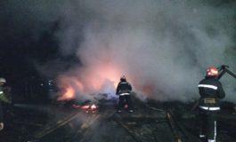 В Овидиопольском районе три часа тушили пожар на складе