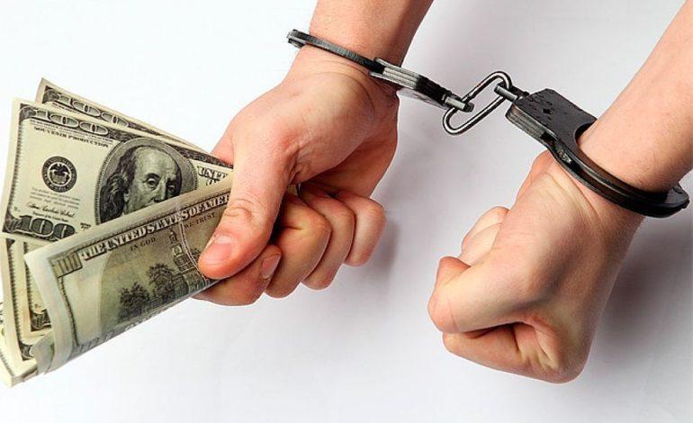 В Одесской области задержали пограничника за вымогательство и взятку