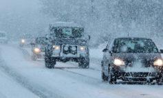 Дороги Одесской области расчищают от снега: водителей просят без надобности не выезжать