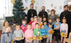 В Болградской школе-интернате побывали помощники Святого Николая