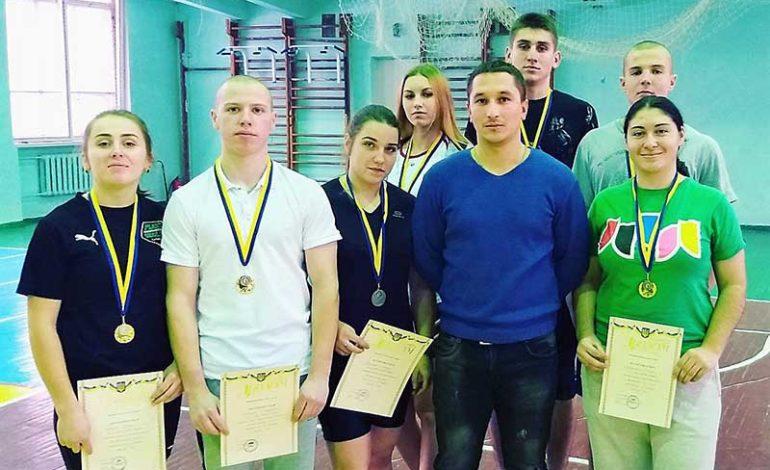 Уроженка Зализничного стала чемпионом в соревнованиях гиревиков