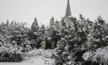За одну ночь Арциз превратился в зимнюю сказку (фоторепортаж)
