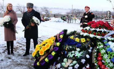 По соседству: в Гагаузской автономии почтили память бывшего президента Степана Топал