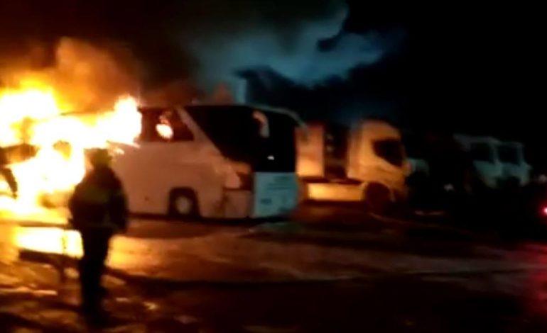 По соседству: в Гагаузии сожгли автобус компании, поддержавшей социалистов