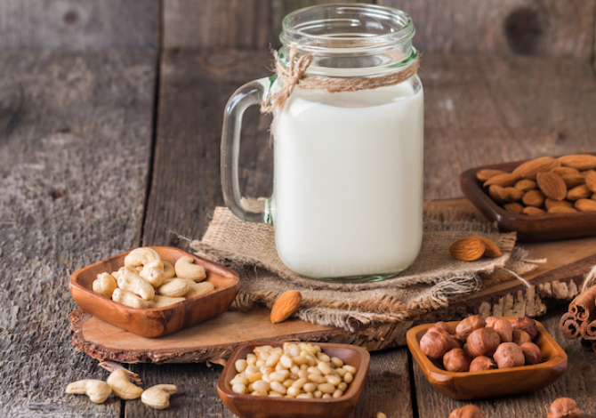 В Одесской области начнут изготавливать ореховое молоко