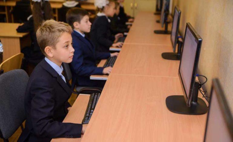 Уроженка Криничного работает над компьютерной программой по сохранению наследства предков