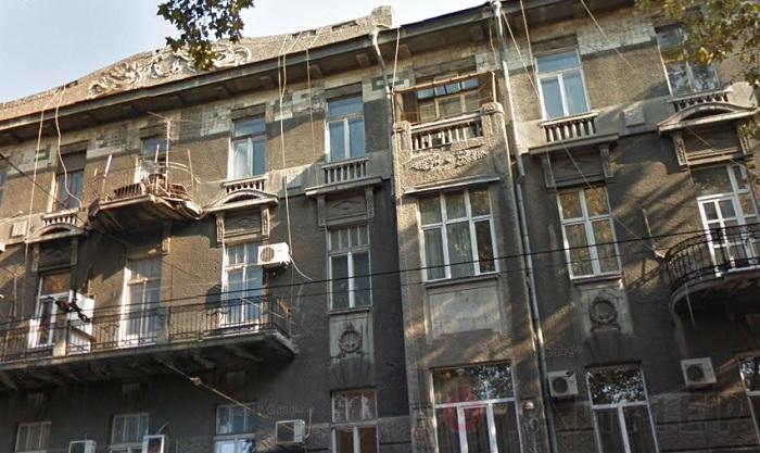 В Одессе хотят убрать кабельные сети с фасадов
