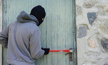 В Измаиле вор переоделся в одежду хозяйки ограбленного ним дома