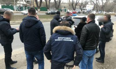 В Одессе директор института попался на взятке в 900 долларов