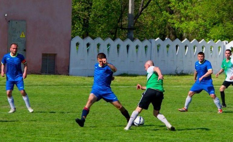 В Тарутино прошел Кубок открытия футбольного сезона
