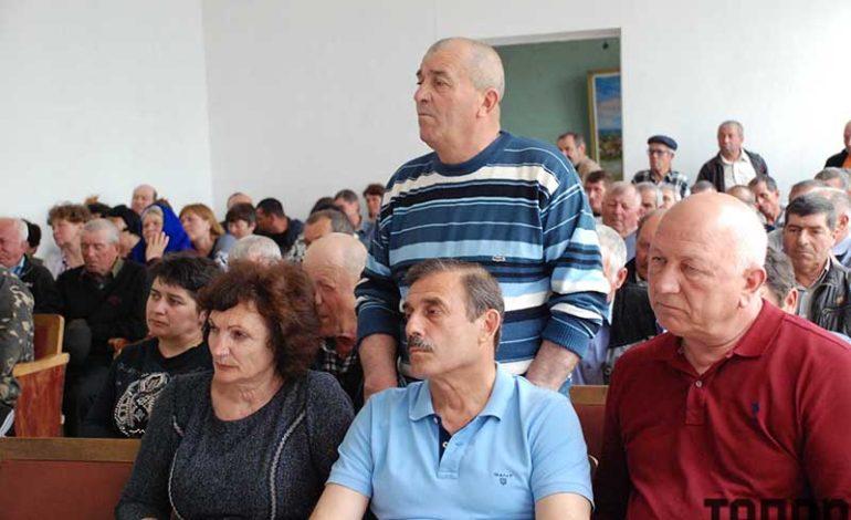 Антон Киссе встретился с жителями Виноградного