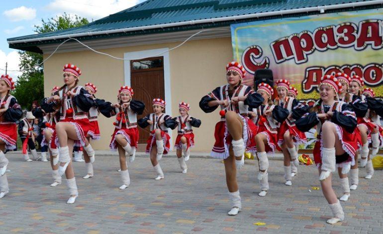 В Николаевке Тарутинского района по случаю Дня села открыли отремонтированный ДК (фото)