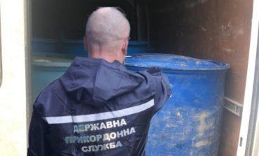 В Измаильском районе пограничники вместе с полицией обнаружили более 3 тонн контрафактного спирта