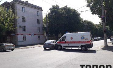 В Одессе произошло ДТП с участием автомобиля скорой помощи (фото)