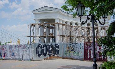 Реставрация одесской колоннады приближается к концу (фото)