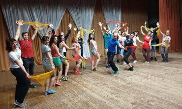 В селе Каракурт прошли мастер-классы албанских артистов