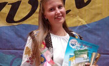 Школьница из Тарутино стала серебренным призером вокального конкурса «Vivat-Marin-2019»