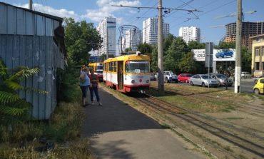 В Одессе из-за ДТП на Люстдорфской остановилось движение нескольких трамвайных маршрутов (фотофакт)