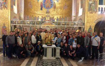 Военные Украины встретились с Папой Римским и помолились о мире
