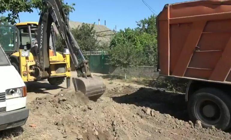 В Белгороде-Днестровском продолжается асфальтирование  окраинных улиц