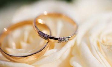 С начала года украинцы заключили около 100 тысяч браков