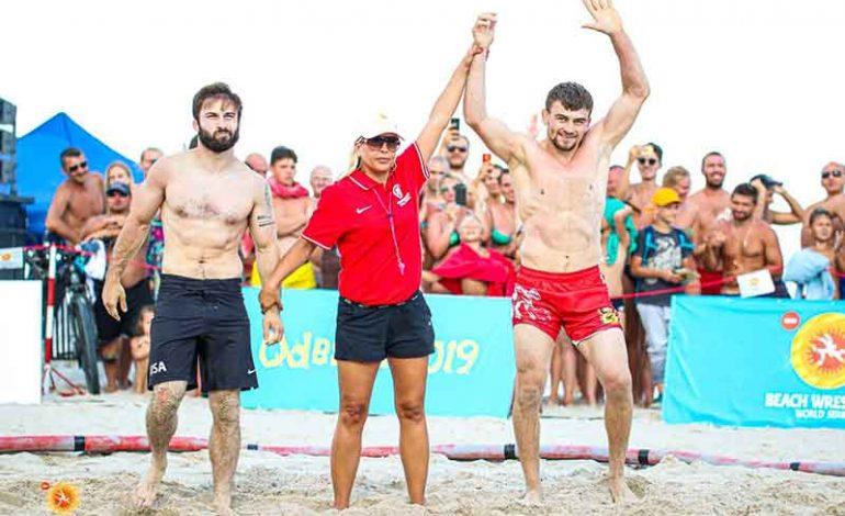 Борец из Александровки Болградского района вновь завоевал золото на Чемпионате мира