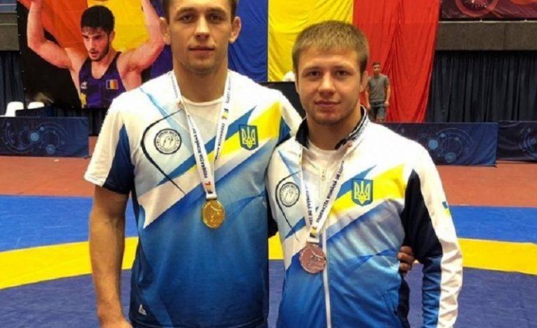 Борцы из Тарутино и Болградского района завоевали серебро и золото на международном турнире в Бухаресте