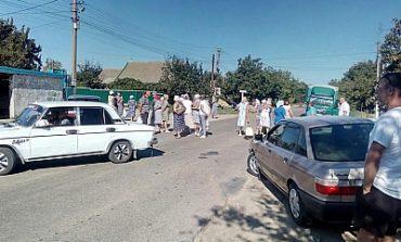 В Белгород-Днестровском районе местные жители вновь перекрывали дорогу