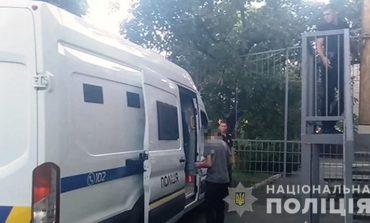 В Одессе грабители напали на хозяйку квартиры, после чего уехали на ее же автомобиле