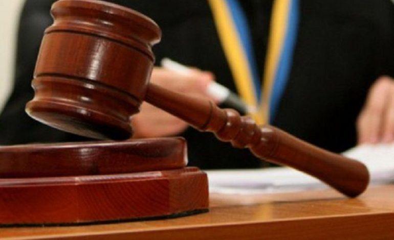 В Арцизском районе мужчина заплатит 8500 гривен штрафа за то, что оголил свой зад перед председателем сельского совета