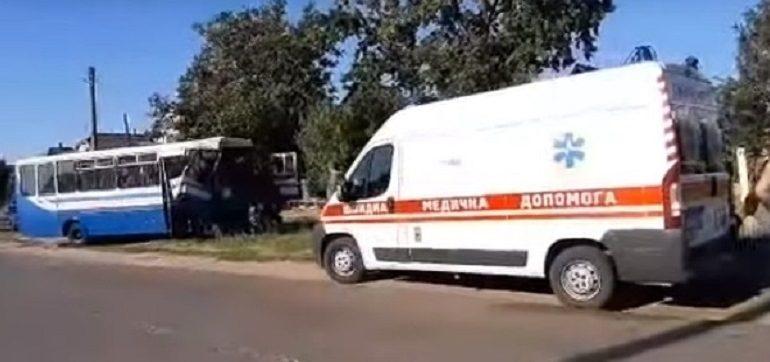 В Шабо столкнулись два пассажирских автобуса