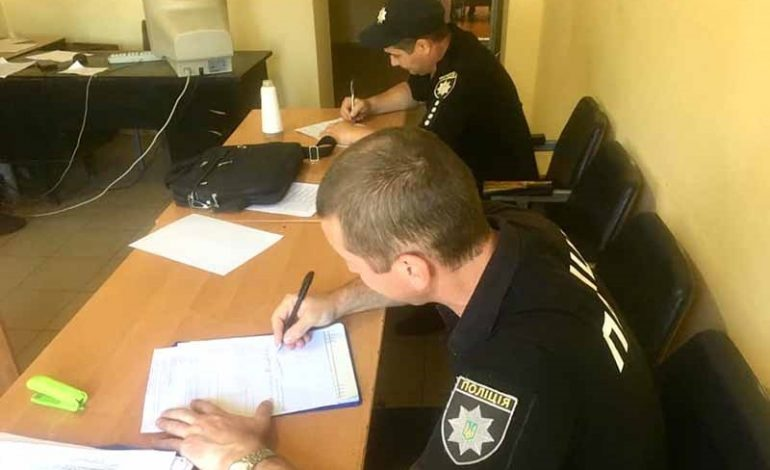 Болградская полиция борется с распитием спиртных напитков и курением в запрещенных местах