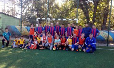 В Арцизе в футбол играли  родители и дети (ФОТО)